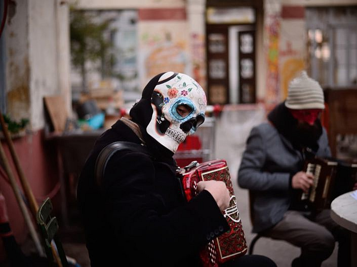 Carnaval de La Plaine. Haut les masques!